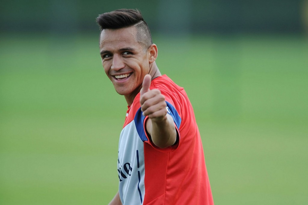 hot soccer players alexis sanchez haircuts
