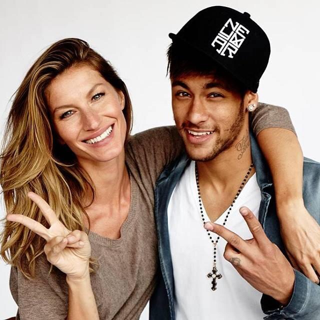 Hot Soccer Players Neymar Jr.